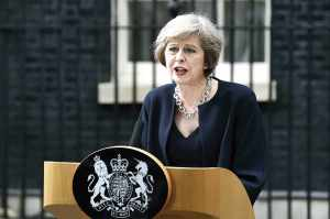Theresa May dice que el Brexit no será arruinado