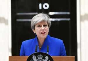 May ratifica decisión de  Reino Unido sobre Brexit